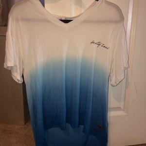 🦋🦋SALE Peace love world t shirt
